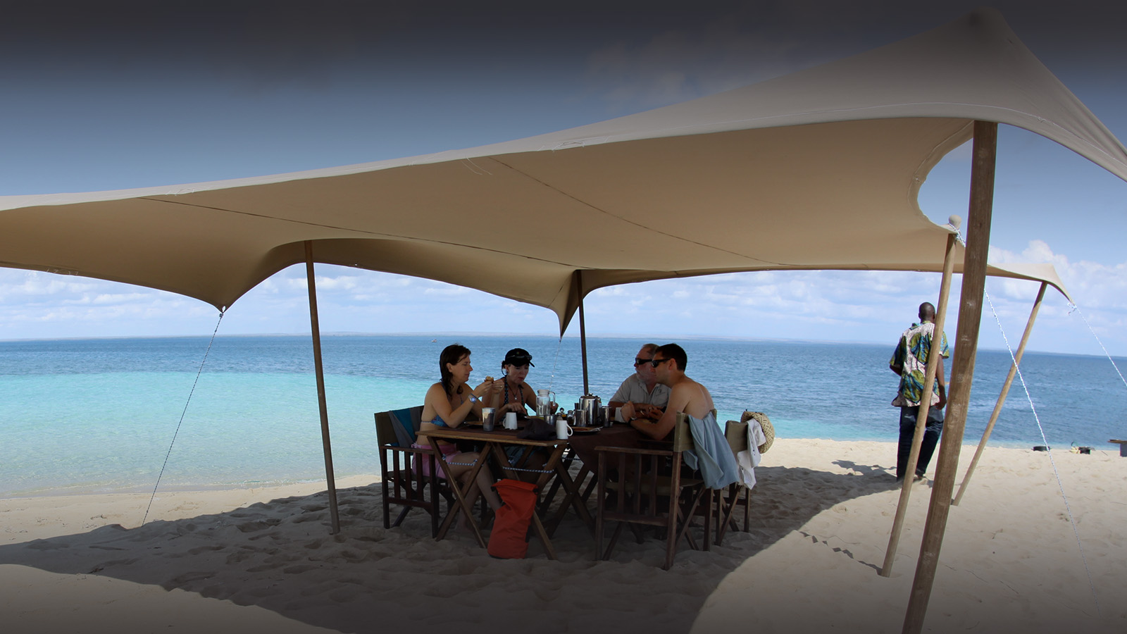 ibo island mozambique-lodges-zambia-in-style-island-quirimbas-archipelago-brunch-sandbank