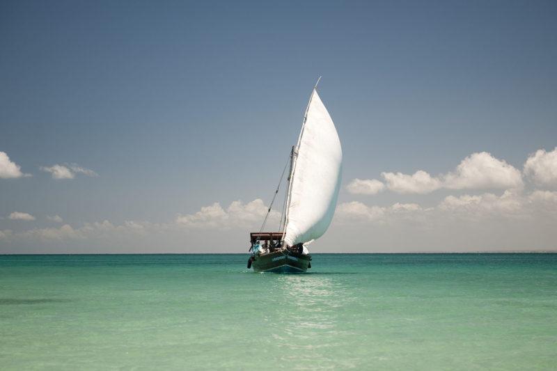 ibo island mozambique-lodges-zambia-in-style-island-quirimbas-archipelago-dhow-safari-under-full-sail