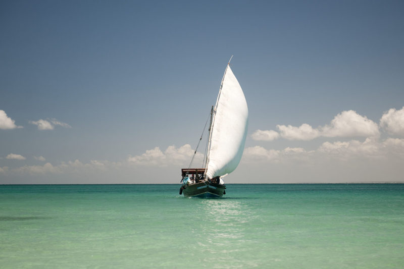 ibo island mozambique-lodges-zambia-in-style-island-quirimbas-archipelago-dhow-safari-under-full-sail