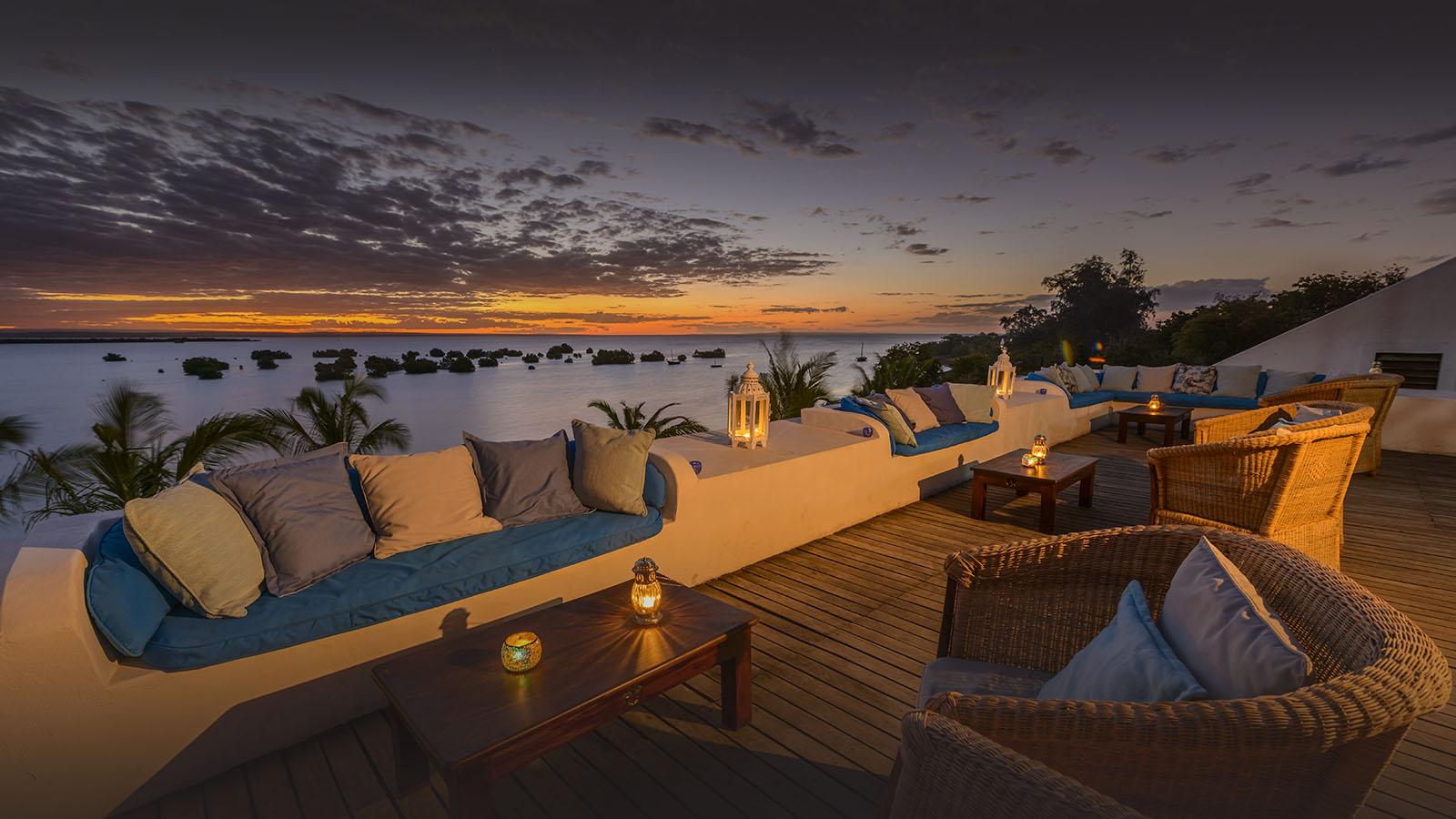 ibo island mozambique-lodges-zambia-in-style-island-quirimbas-archipelago-sky-bar-ilsand-lodge