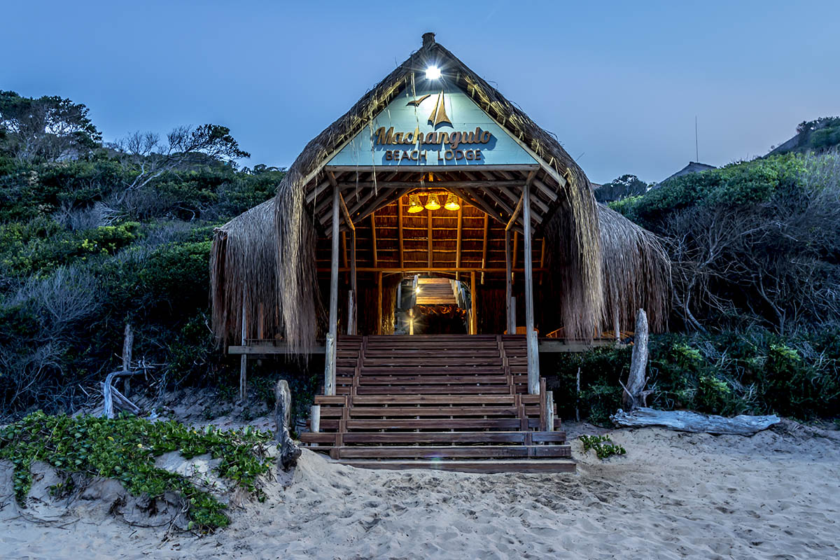 machangulo beach lodge mozambique-lodges-zambia-in-style-maputo-island-tours