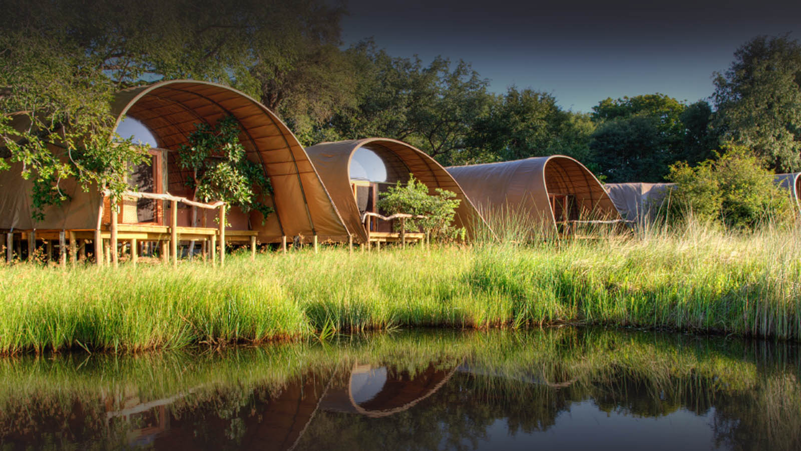 okuti camp moremi-game-reserve-botswana-lodges-zambia-in-style-safaris-tents