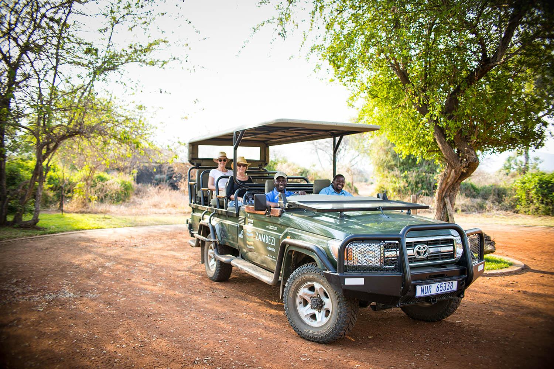 zambezi grande zambia-in-style-lower-zambezi-national-park-modern-lodge-activities-guest-guide