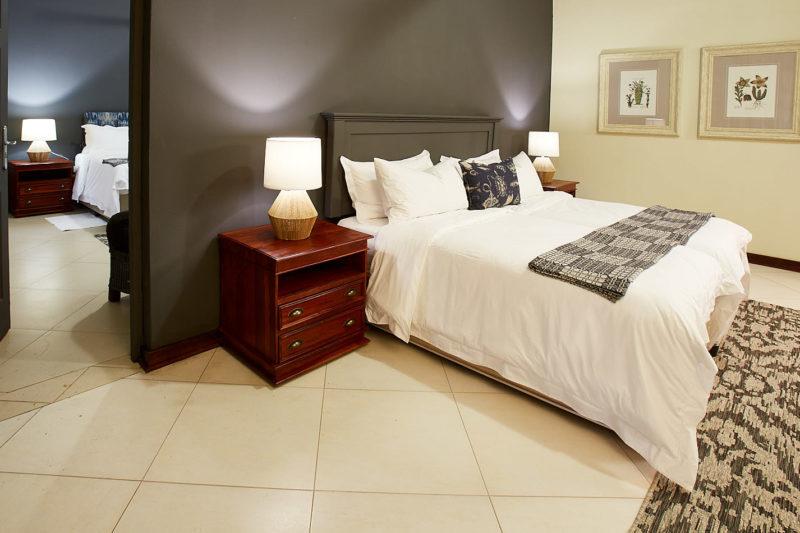 zambezi grande zambia-in-style-lower-zambezi-national-park-modern-lodge-rooms-luxury-room-inter-connecting