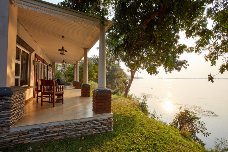 zambezi grande zambia-in-style-lower-zambezi-national-park-modern-lodge-rooms-superior-suite