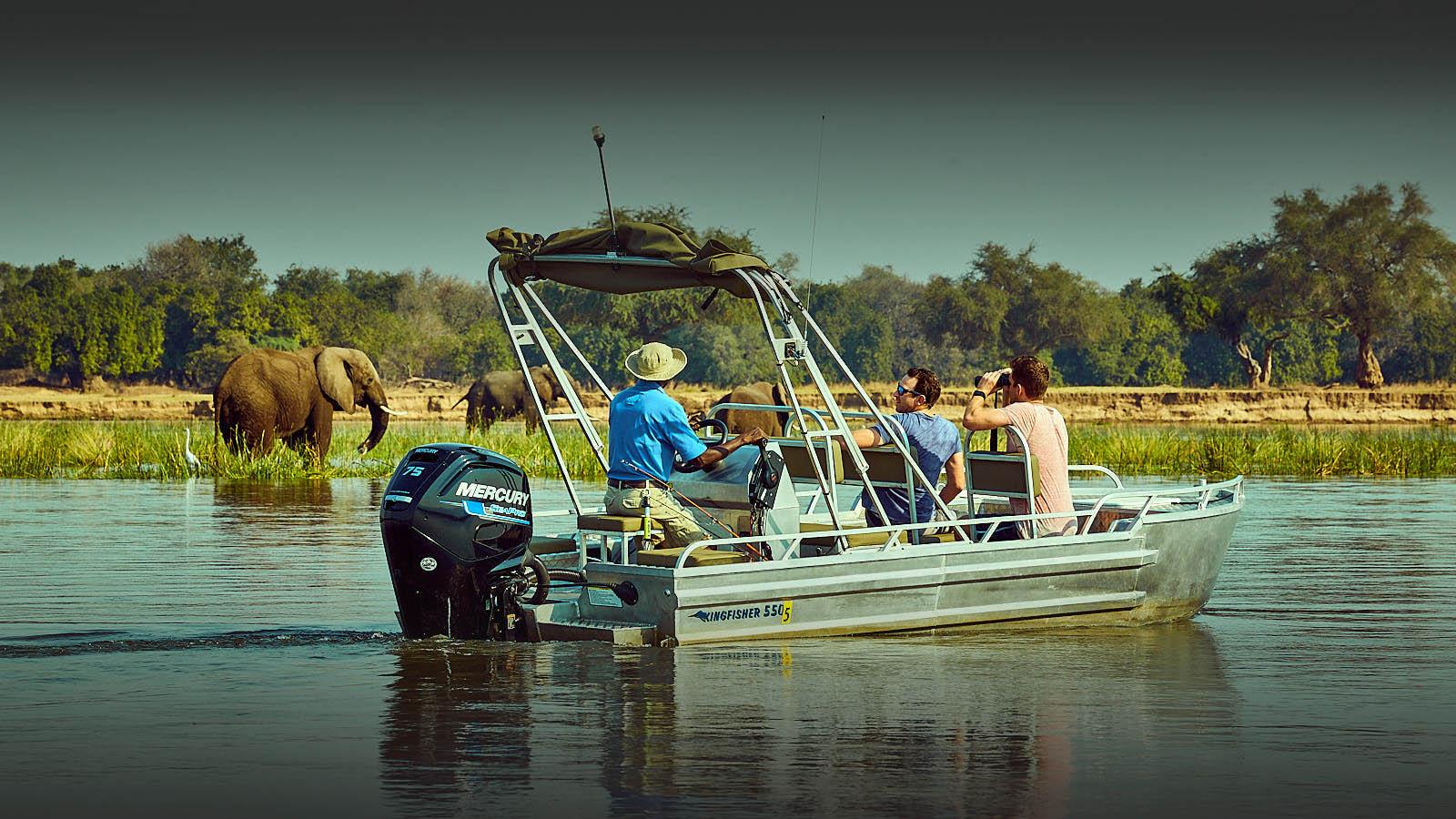 zambezi grande zambia-in-style-lower-zambezi-national-park-modern-lodges-river-safari-adventure-elephants