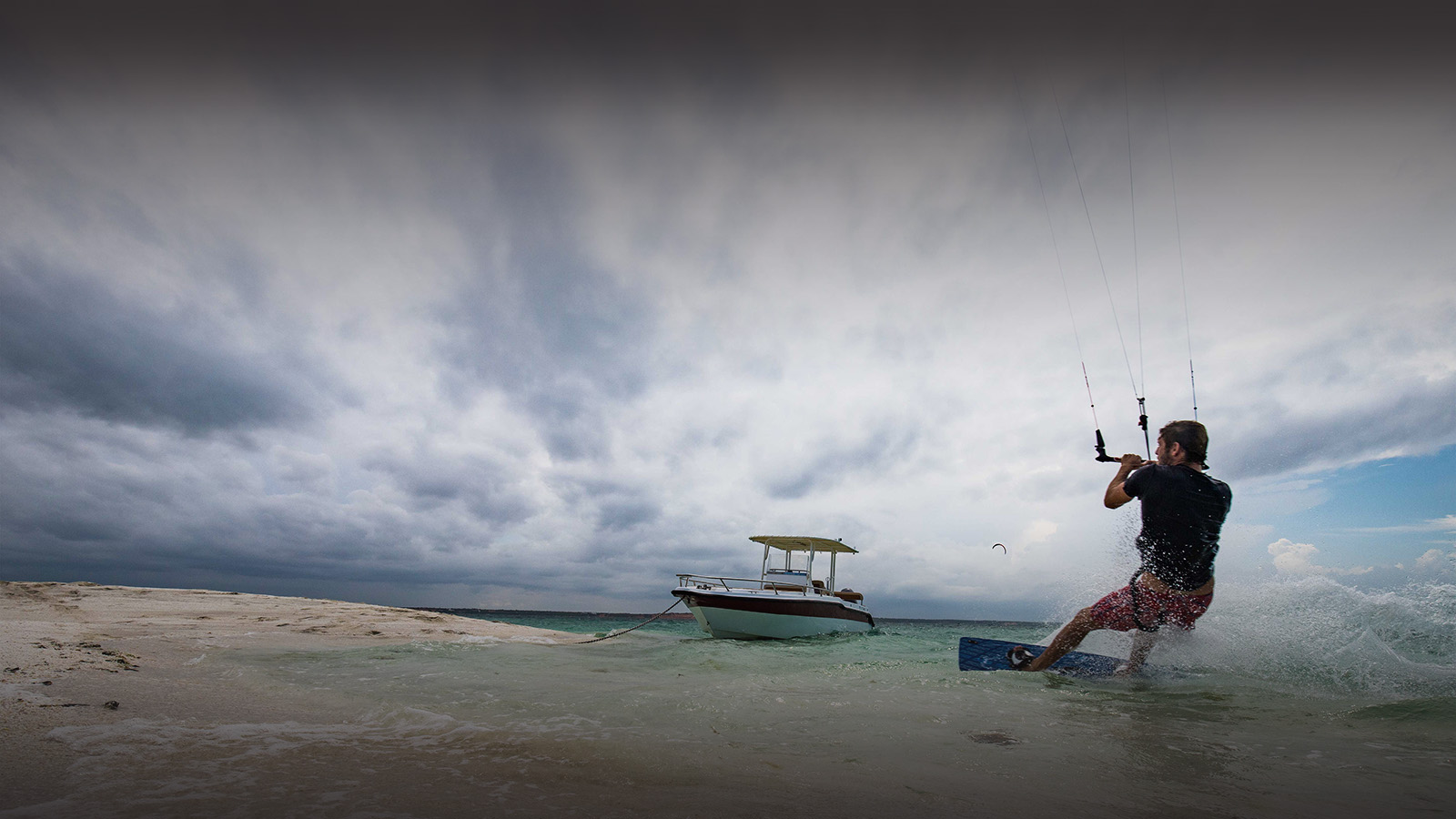 bahia-mar-mozambique-lodges-vilanculos-zambia-in-style-beach-house-luxury-destination-kite-surfing