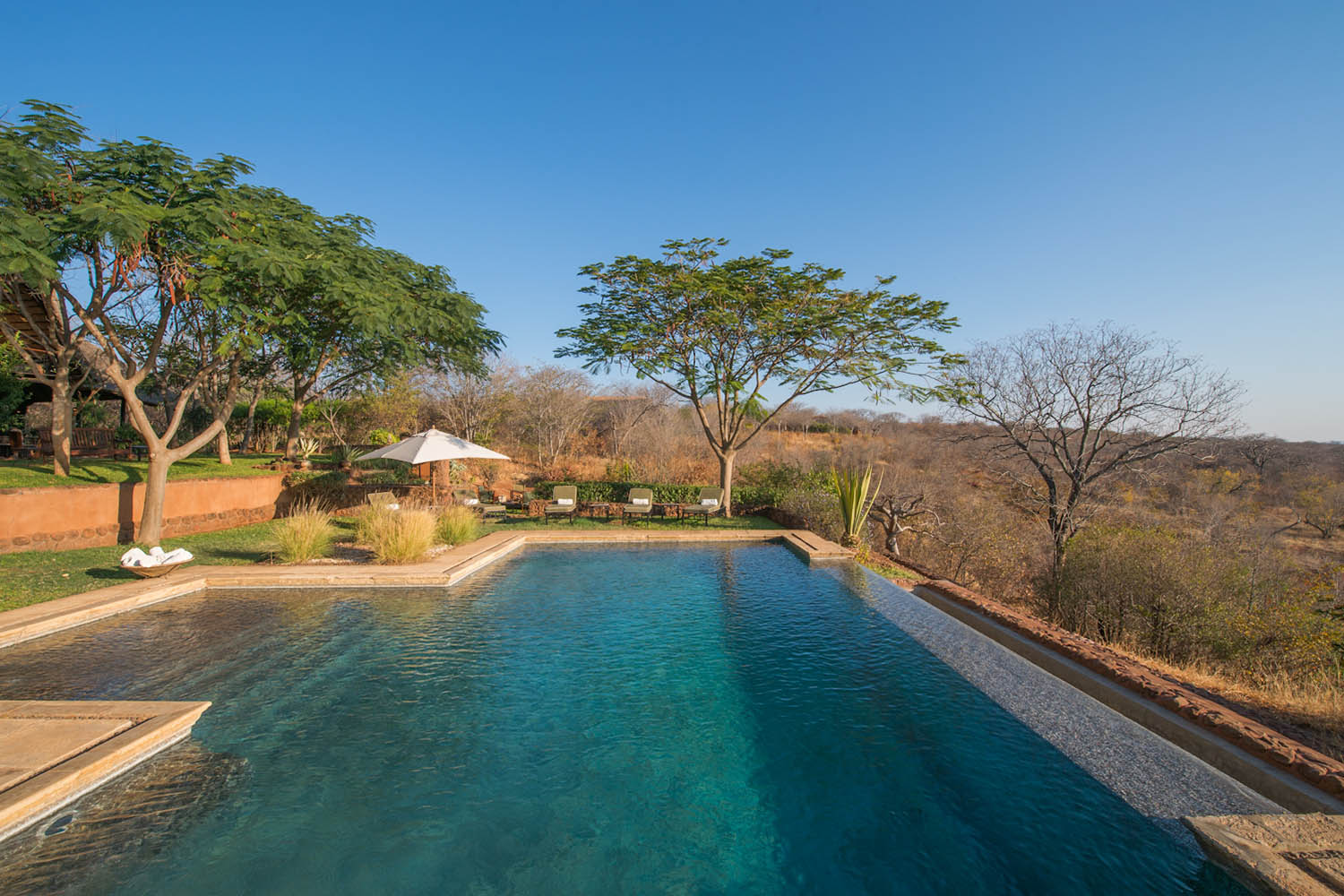 stanley safari lodge livingstone-lodges-zambia-in-style-experiences-pool-area