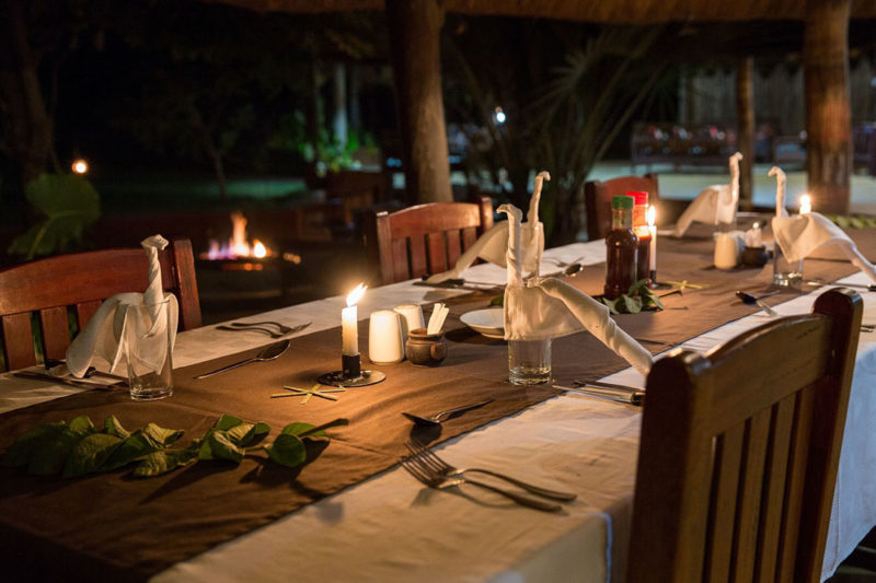 thornicroft lodge south-luangwa-mfuwe-area-zambia-in-style-lodge-dining-at-night