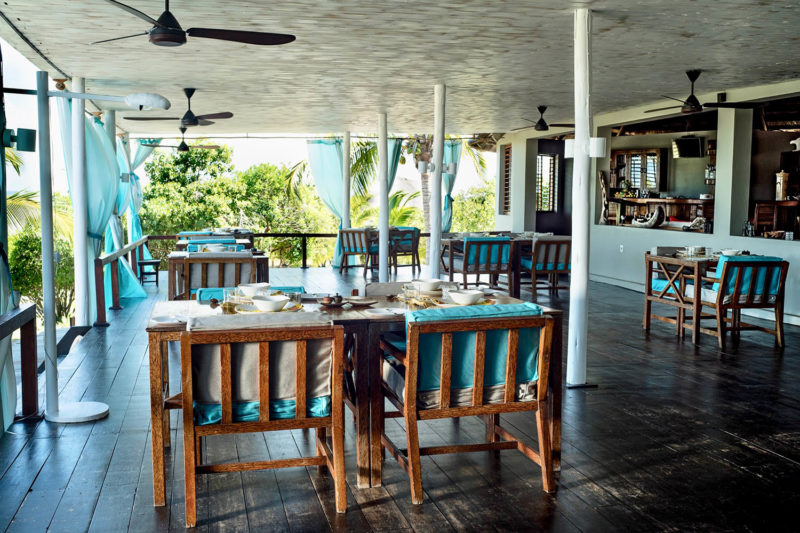 coral lodge nampula-province-mozambique-lodges-zambia-in-style-restaurant