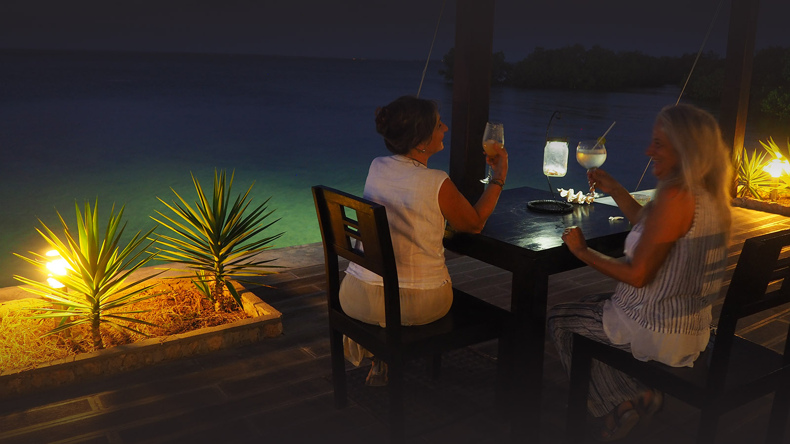 feitoria boutique hotel ilha-de-mozambique-lodges-zambia-in-style-luxurious-gorgeous-location-dinner