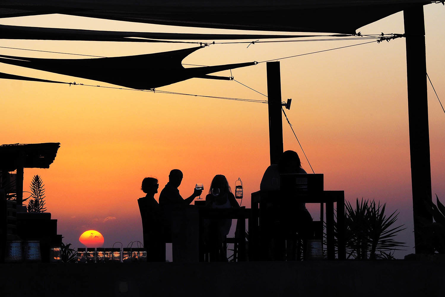 feitoria boutique hotel ilha-de-mozambique-lodges-zambia-in-style-luxurious-sunset