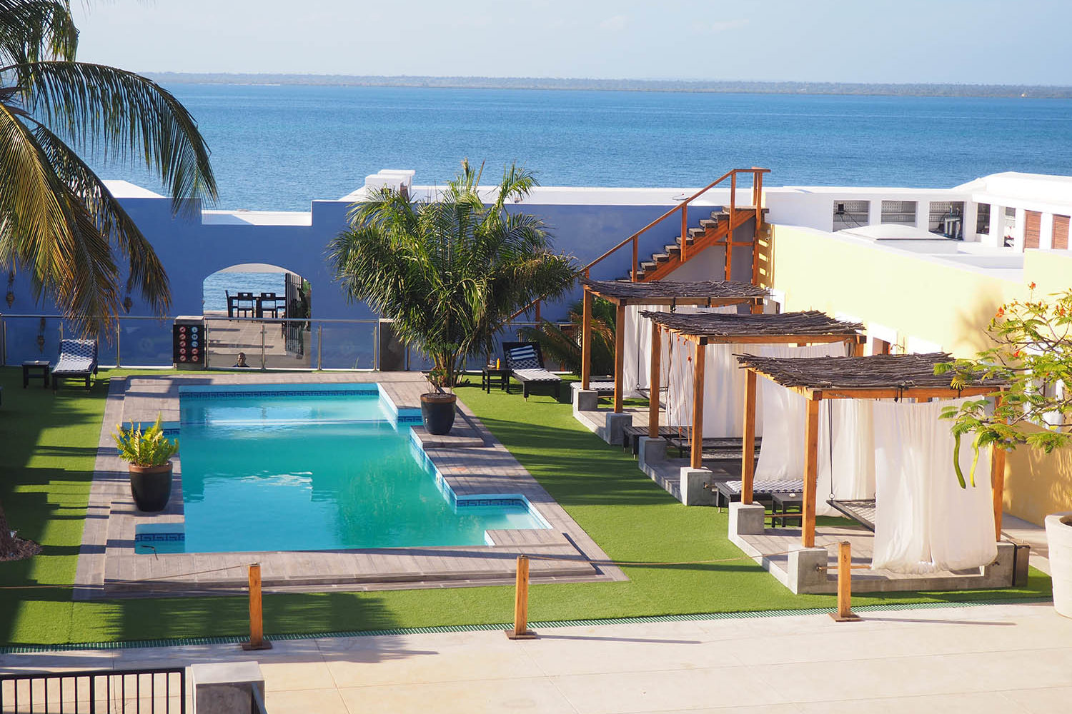 feitoria boutique hotel ilha-de-mozambique-lodges-zambia-in-style-views-of-the-bay-views
