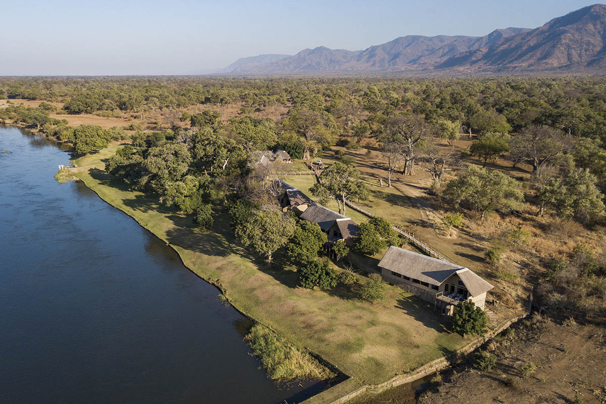 kayila house lodges-zambia-in-style-lower-zambezi-national-park-kayila-camp