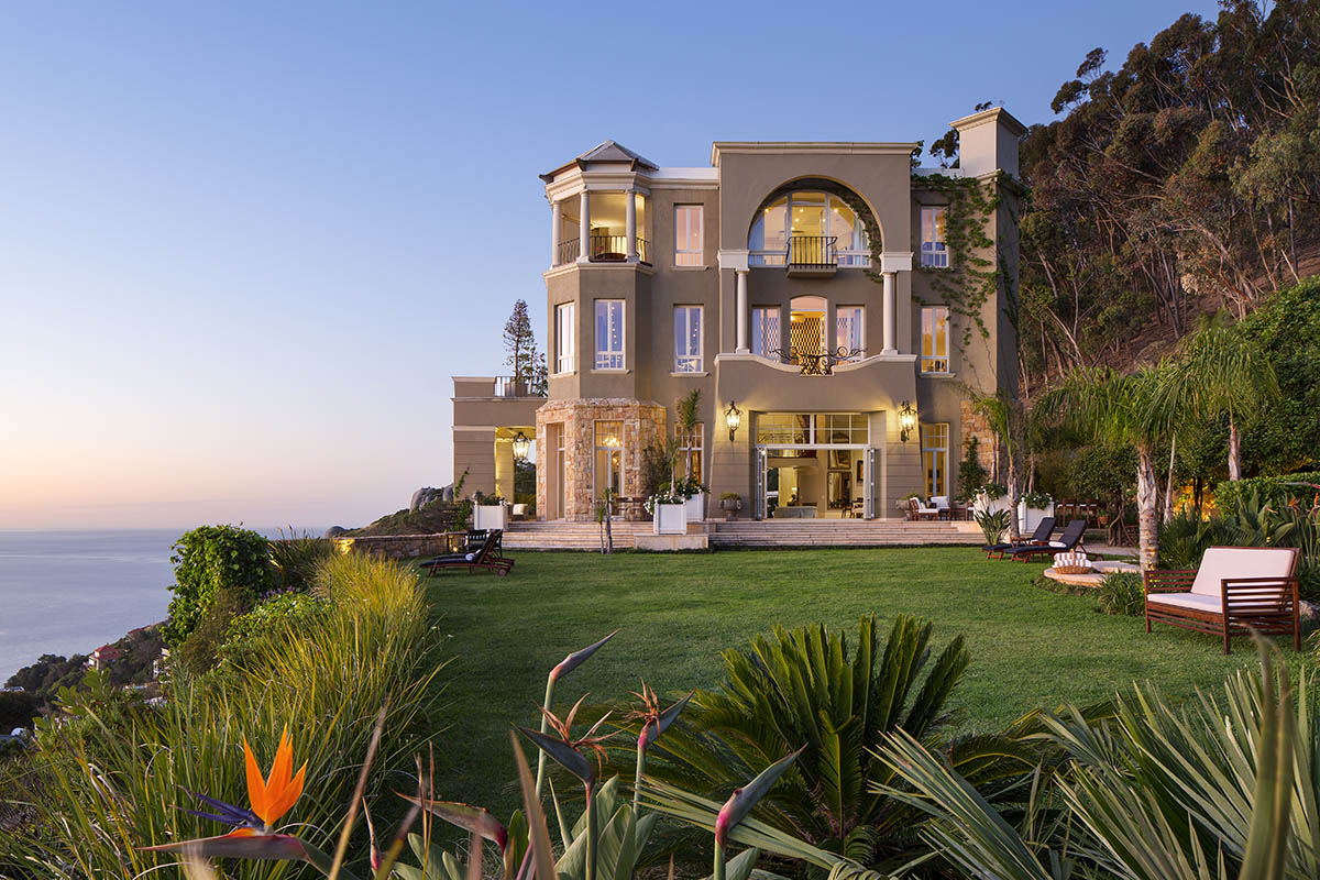 21 nettleton hotel-camps-bay-cape-town-lodges-zambia-in-style-south-africa