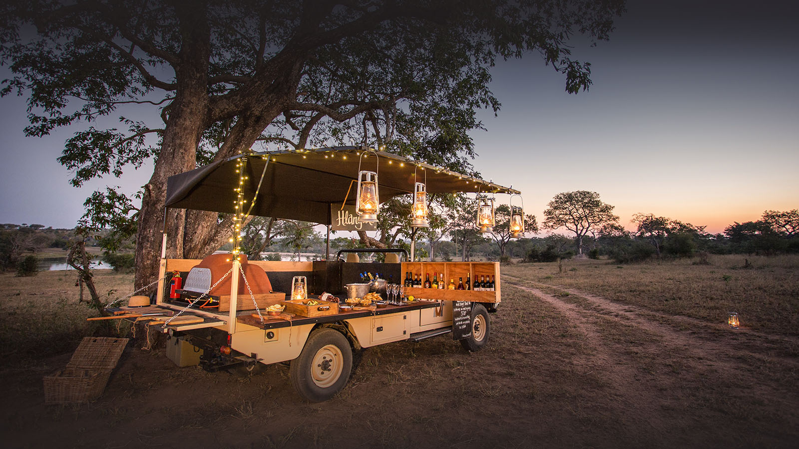 chitwa chitwa sabi-sands-lodges-greater-kruger-zambia-in-style-south-africa-prime-game-viewing-pizza-truck