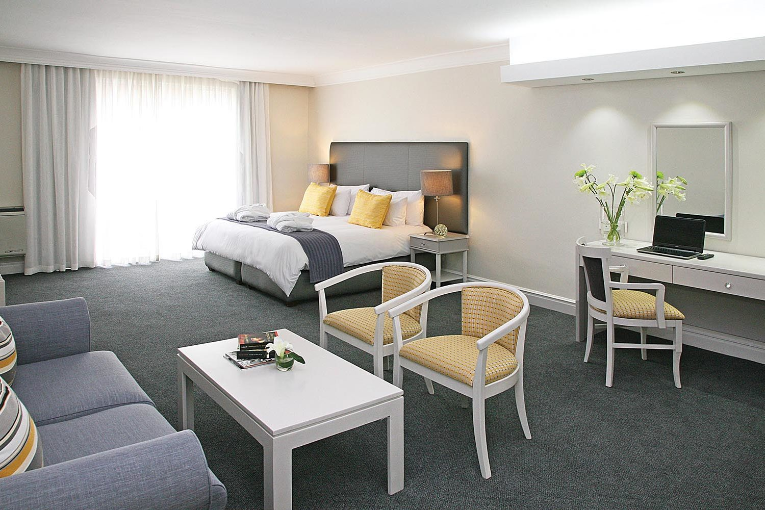 hollow on the square cape-town-lodges-zambia-in-style-south-africa-family-holiday-affordable-deluxe-bedroom