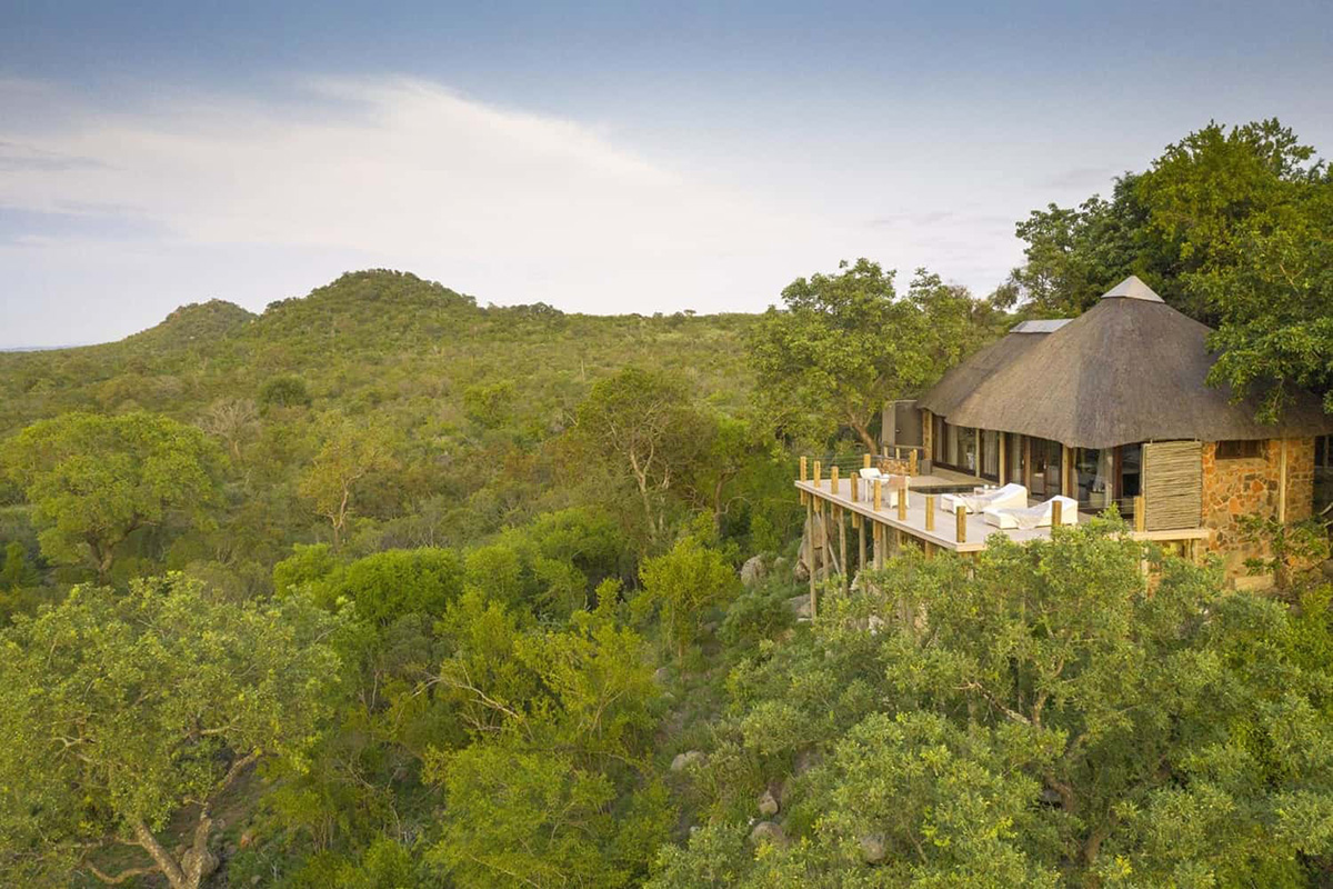 leopard hills lodge-sabi-sands-lodges-greater-kruger-zambia-in-style-south-africa-glamorous-luxurious
