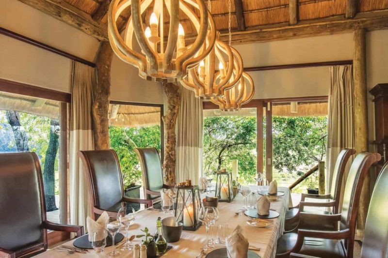 leopard hills sabi-sands-lodges-greater-kruger-zambia-in-style-south-africa-dining-room