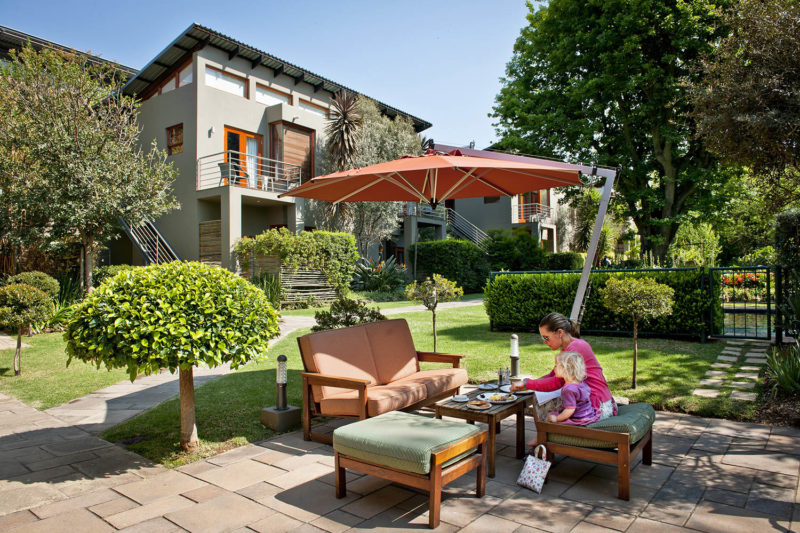 the peech boutique-hotel-melrose-johannesburg-lodges-zambia-in-style-south-africa-stylish-unique-family