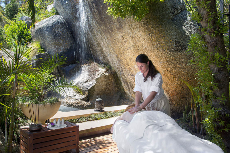 21 nettleton hotel-camps-bay-cape-town-lodges-zambia-in-style-south-africa-activities-spa