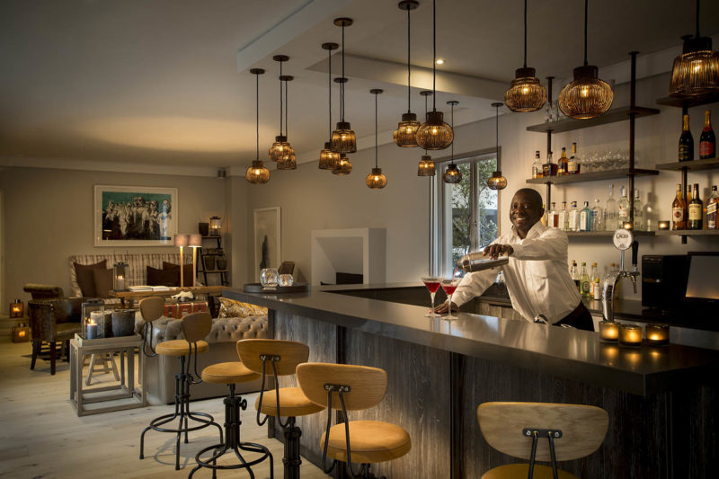 atholplace johannesburg-lodges-zambia-in-style-south-africa-charming-modern-hotel-award-winning-restaurant-bar-library
