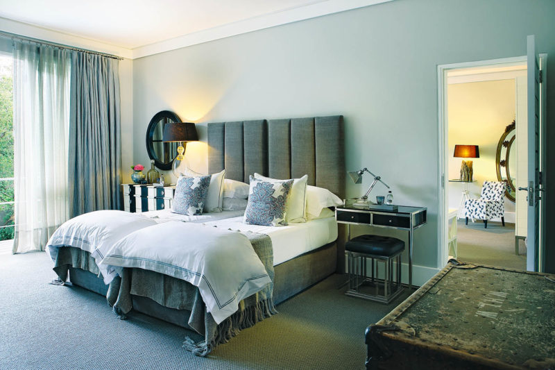 atholplace johannesburg-lodges-zambia-in-style-south-africa-modern-hotel-deluxe-suite-twin-interleading