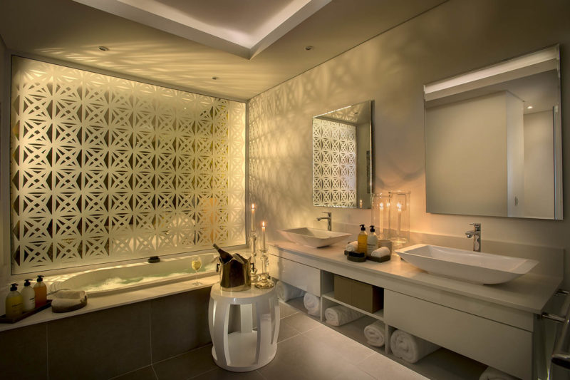 atholplace johannesburg-lodges-zambia-in-style-south-africa-modern-hotel-villa-bathroom