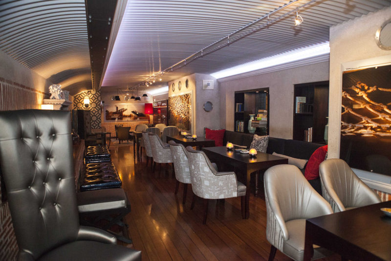 cape grace hotel-cape-town-lodges-zambia-in-style-south-africa-elegant-atmosphere-bascule-lounge