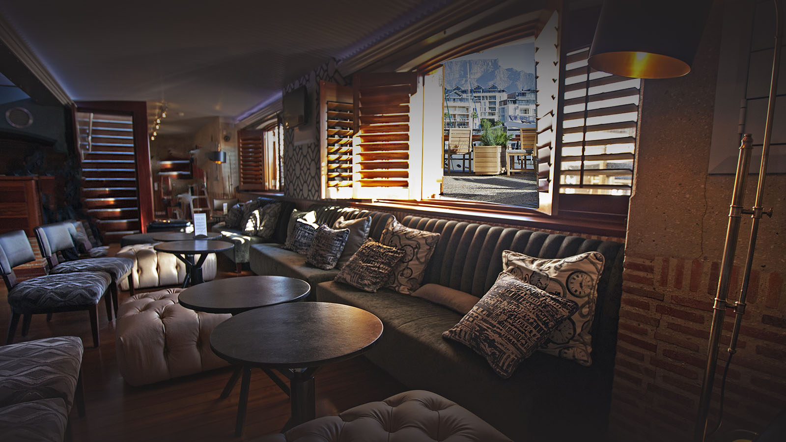 cape grace hotel-cape-town-lodges-zambia-in-style-south-africa-elegant-atmosphere-gorgeous-views-cocktail-bar