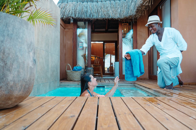 eclectic beach retreat tofo-mozambique-lodges-zambia-in-style-suites-pool