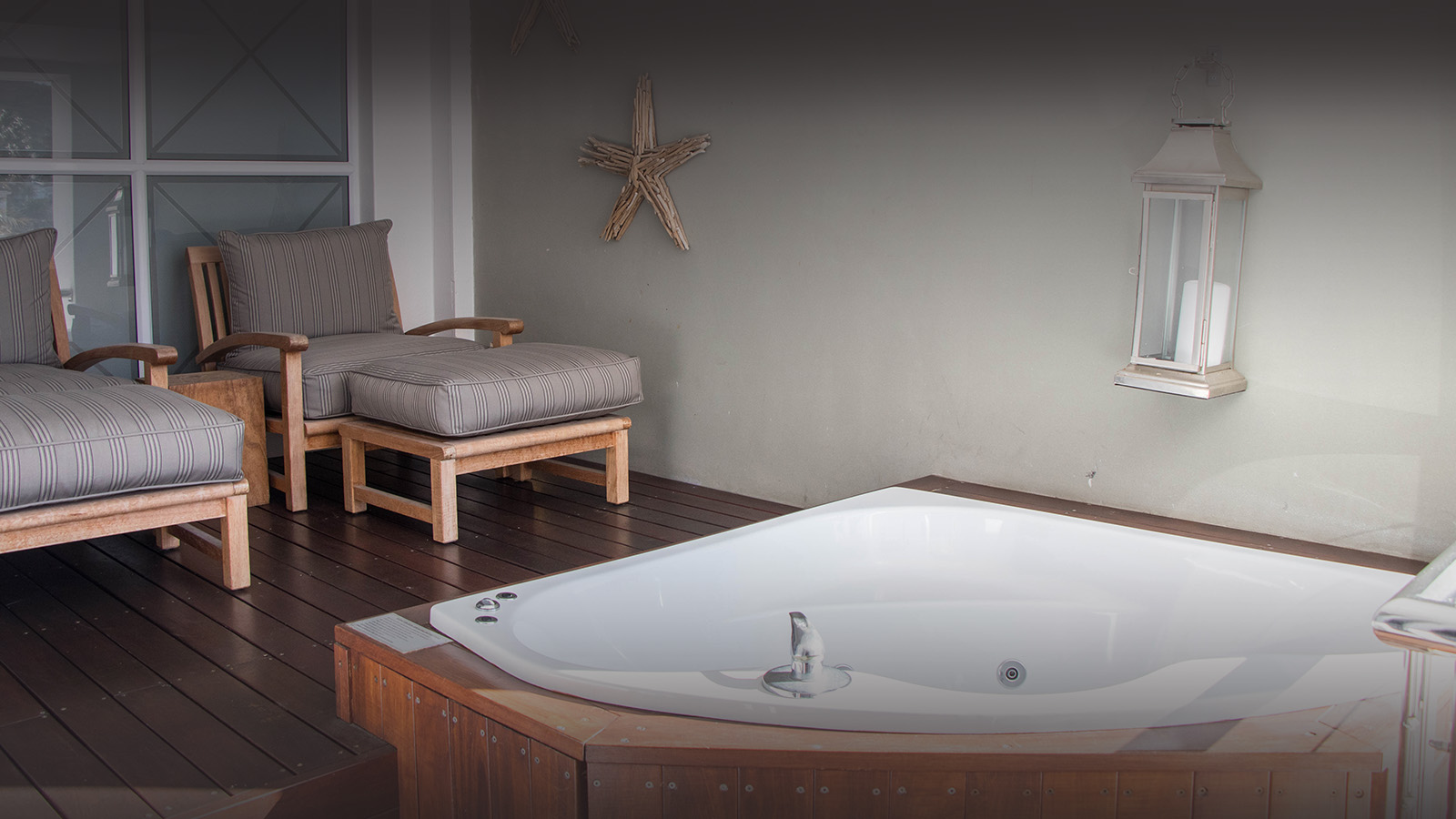 the bay hotel camps-bay-cape-town-lodges-zambia-in-style-south-africa-premier-rooms-jacuzzi