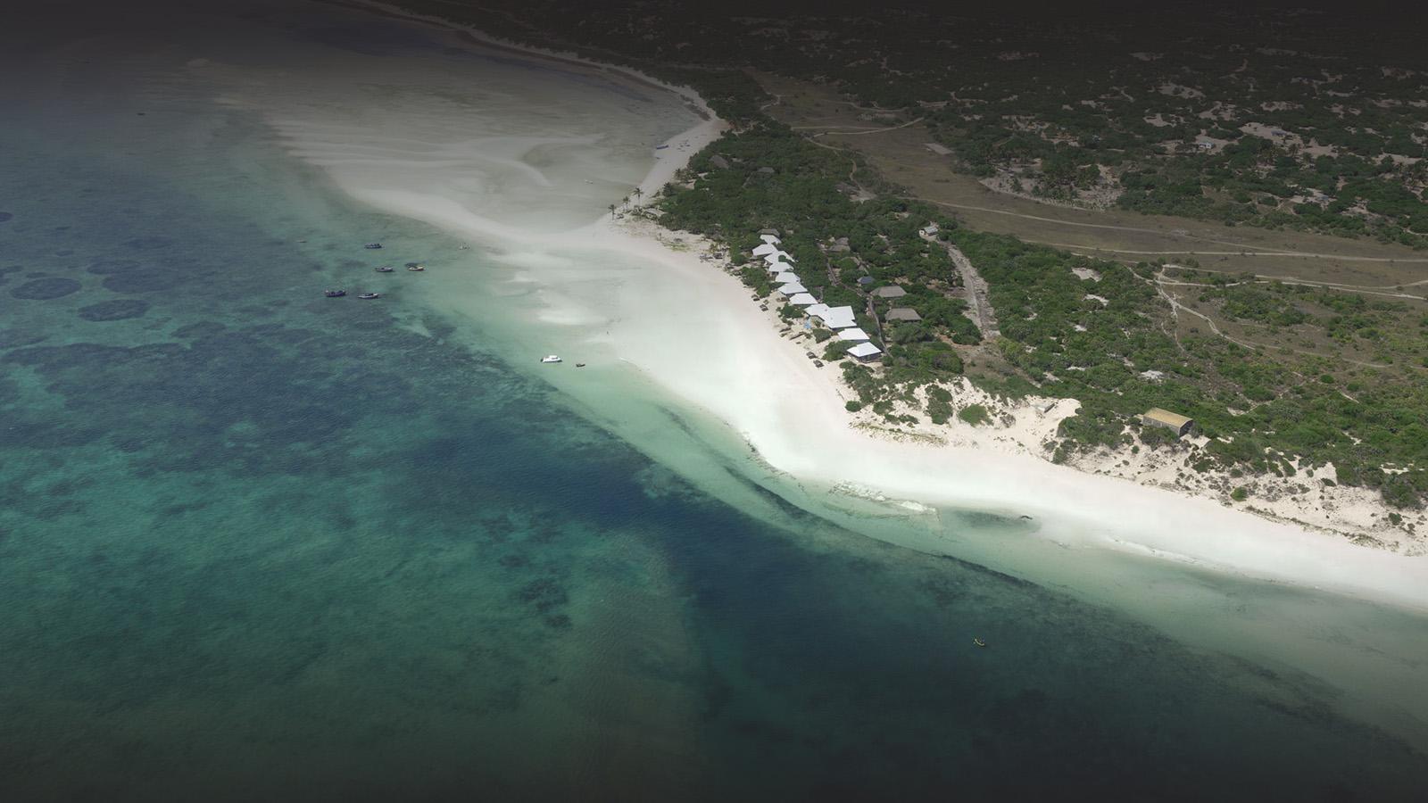 azura marlin beach benguerra-island-mozambique-lodges-zambia-in-style-ultimate-luxury-island