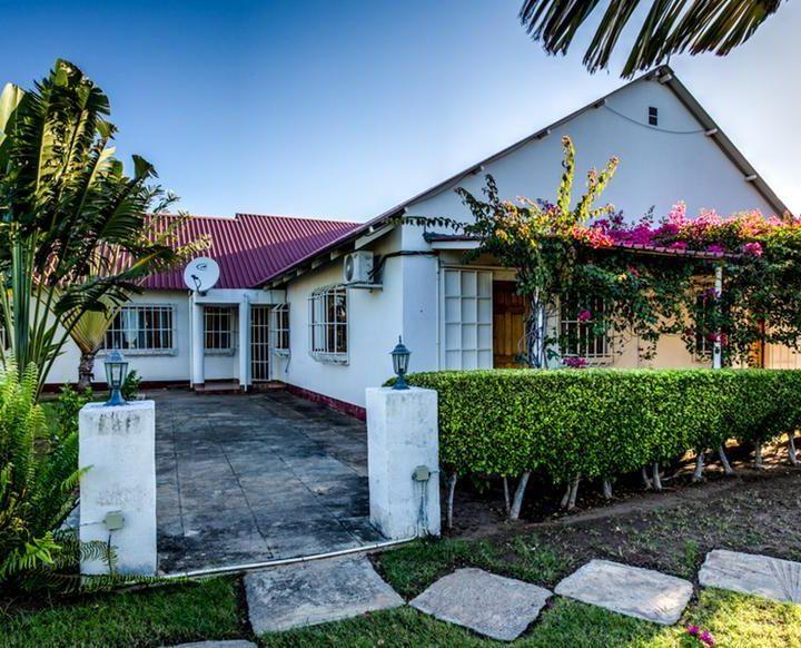 villa hasburg outside